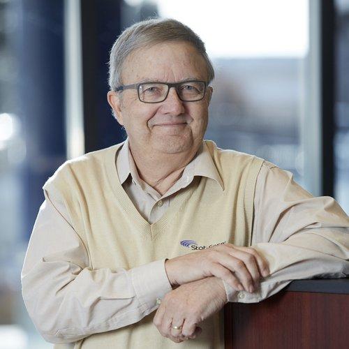 Mark J Anderson